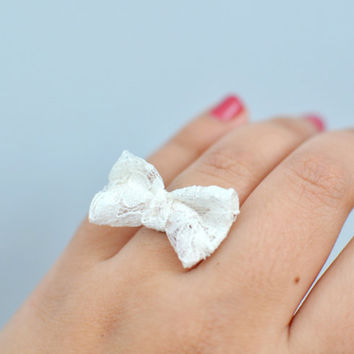 Sweetheart Lace Bow Ring By KimArt .. on Luulla