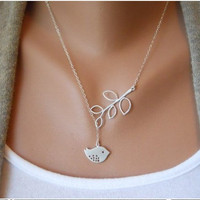 ancient vintage style silvery tree branch bird pendant women collarbone necklace   XL36