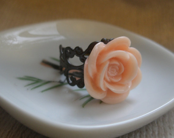 Flower ring- Peach rose ring- Peach and brown ring- Filigree ring-Spring fashion- Bridal