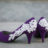 Purple Bridal Shoes with Venise Lace Applique. Size 7
