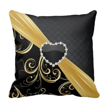 Elegant Black and Gold Floral Pattern