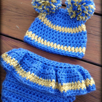 Crochet Newborn Photo Prop - Crochet UCLA Football Pattern - Cheer Diaper Cover and Hat Pattern - Football Baby