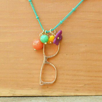 Charming Retro Vision Necklace [2336] - $12.00 : Vintage Inspired Clothing & Affordable Summer Dresses, deloom | Modern. Vintage. Crafted.