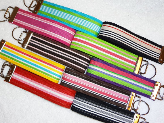 Keychain Wristlet Keyfob Keylette Key Ring - PICK YOUR COLOR - Stripes Grosgrain Ribbon Webbing Party Favor - Porte-cls - Ready to ship