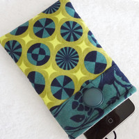iPhone case, iPhone cover, iPhone sleeve, iPhone cozy, iPod cover, iPhone pouch, Padded Camera Cell Gadget Geek Navy Green Lime - tui