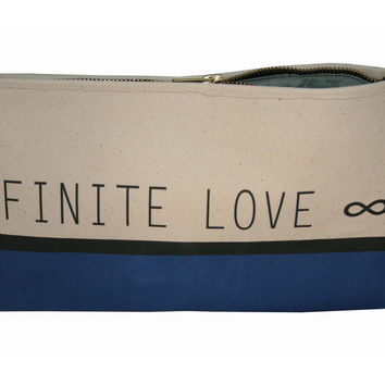 INFINITE LOVE CLUTCH