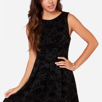 Guest of Honor Black Floral Print Jacquard Dress