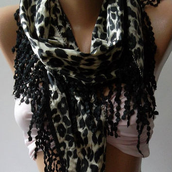 Elegant  Shawl / Scarf with Lacy Edge / Leopard