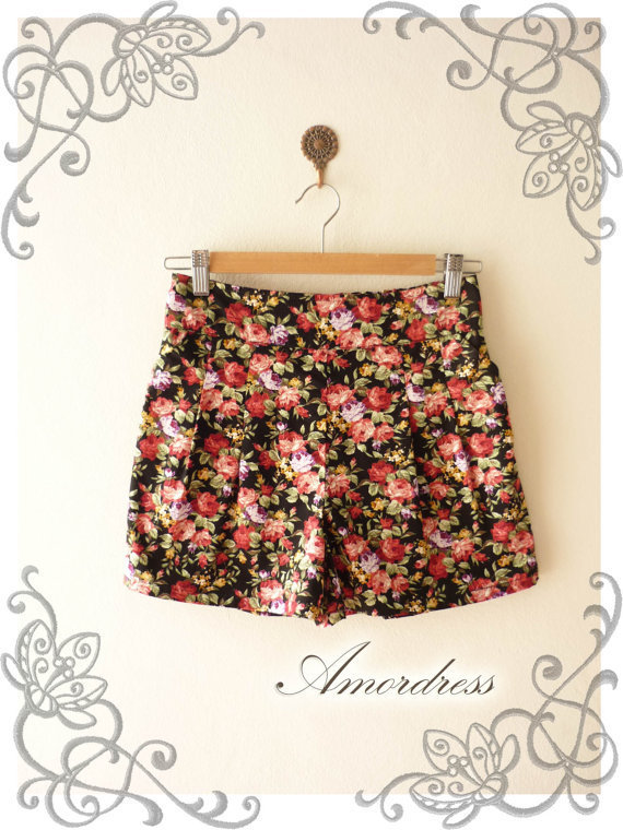 Amor Vintage Inspired Shabby Chic Red Purple Rose Black Short Pants