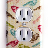 Multi Color Birds Outlet Plate