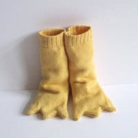 Luna & Curious ? Duck Feet Booties