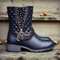 Well Traveled Black Quilted Boots