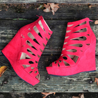Walk The Walk Sangria Wedges