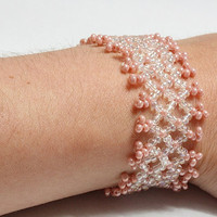 Something peach stretchable bracelet