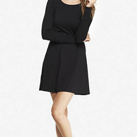 BLACK LONG SLEEVE ZIP BACK TRAPEZE DRESS from EXPRESS