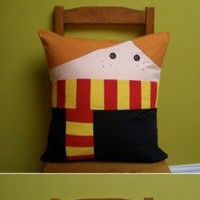 I Think It's Cool / teaching literacy. (9gag: Cute Harry Potter Pillows)