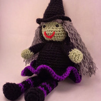 Wee Witch - Customize her!