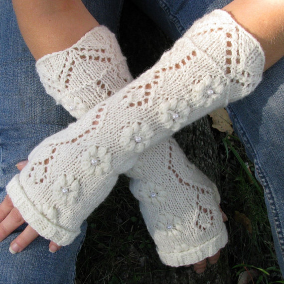 Knitting Pattern Lace Gloves : Lace fingerless gloves, knit fingerless from TUULE on Etsy