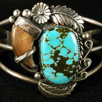 Native American Sterling Silver Real Bear Claw and Turquoise Cuff. Genuine Bear Claw and Turquoise, Bracelet