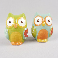 Give a Hoot Salt Shaker Set | PLASTICLAND