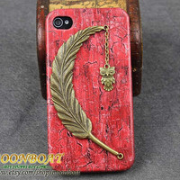 Red Cell Phone Hard Case Cover With Vintage Big Leaf,Small Cute Owl For Apple iPhone 4,4g,4s,4gs MB623