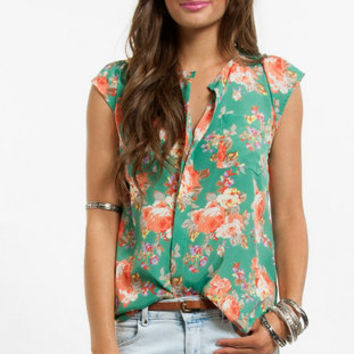 Floral Fan Pocket Top