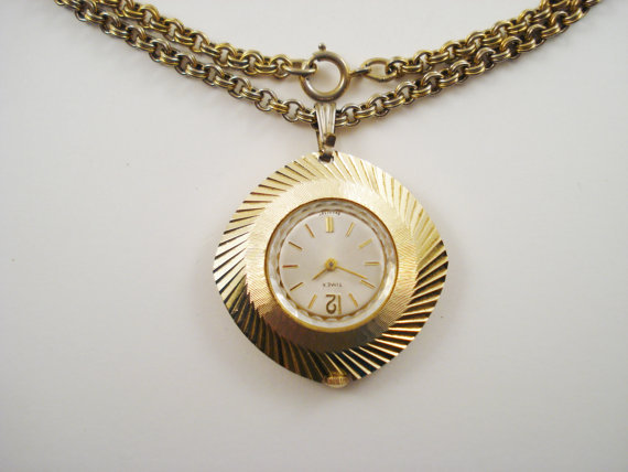 Vintage Timex Pendant Watch / Wind-up Watch / Pendant Watch on Chain