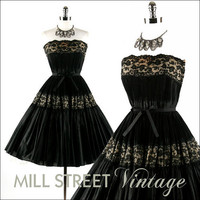 Vintage 1950s 50s Dress Black Accordion by millstreetvintage