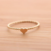 tiny HEART ring with twisted band, in 925 sterling(G)