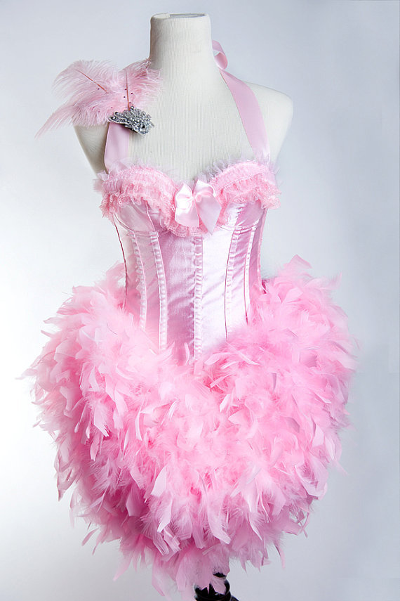 Flamingo Halloween Costume Pattern http://dicasparanoivas.com.br/12/flamingo-halloween-costume