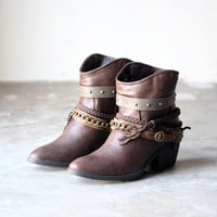 skye western bohemian booties , brown boho chic babe gypsy hippie southern cowboy boots boot bootie shoe fall winter women's free urban sole