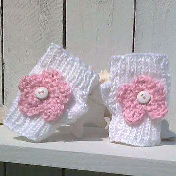 Fingerless gloves for Baby and Toddler White and Pink flowered