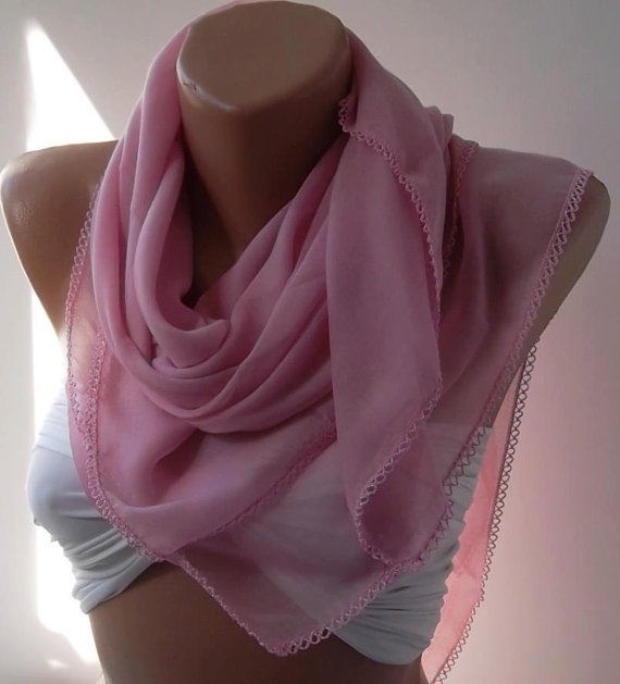 Pink Shawl with Lace - Soft cotton fabric