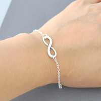 Silver Infinity Bracelet, Everyday .. on Luulla