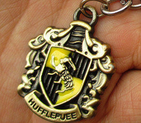 Harry Potter hufflepuff Locket keychain------SALE