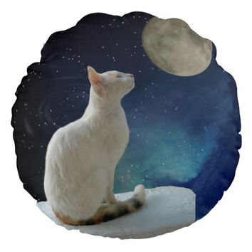 White Cat and Moon Round Pillow