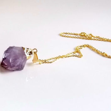 Genuine Raw Amethyst Gold Necklace Rough Cut  Purple Amethyst Birthstone Gold Necklace Raw gemstone Healing Crystal Necklace