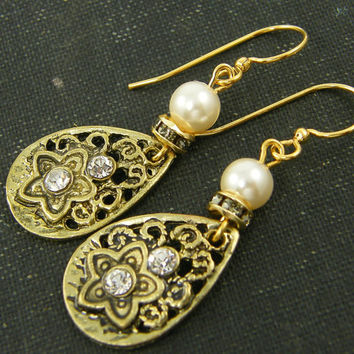 Antique Gold Filigree Teardrop Rhinestone and White Pearl Earrings