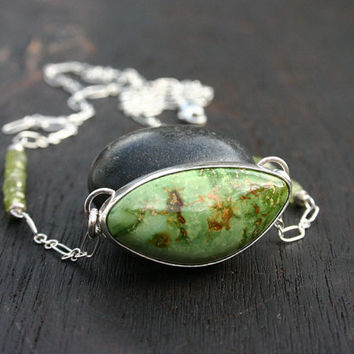 Turquoise pendant necklace. Kingman green turquoise pendant with sterling silver and peridot gemstones. OOAK. Handmade, unique, modern.