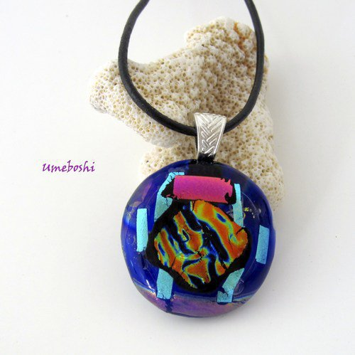 Round Dichroic Fused Glass Cabochon Pendant with Cobalt Blue Base