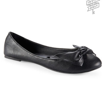 Aeropostale Invite Only Bow Ballet Flat - Black, 6