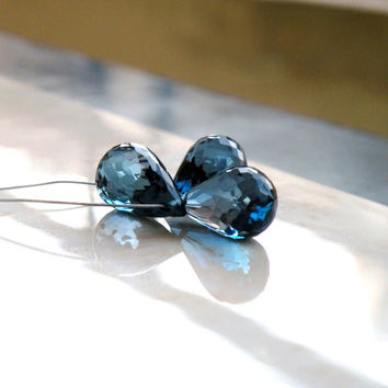 London Blue Topaz Gemstone Briolette Outstanding Gem Quality Faceted 3-D TearDrop Top Drilled 11.5mm 3 beads
