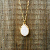 Sparkling Blanche Druzy Necklace [3144] - $12.00 : Vintage Inspired Clothing & Affordable Summer Dresses, deloom | Modern. Vintage. Crafted.