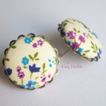 Floral earring stud, Blue white studs, fabric earrings, romantic earring posts,  Button earrings - medium size