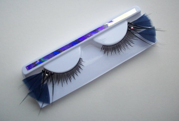 Navy Blue Triangle Feather Eyelashes