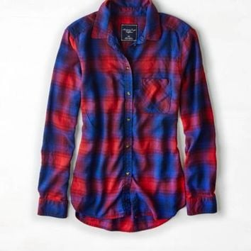 AEO Women's Plaid Boyfriend Shirt (Cobalt Blue)