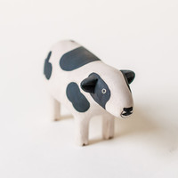 T-Lab Handcarved Wood Cow