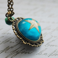 Real Starfish Necklace 01 Turquoise Green Antique Brass Resin Necklace Deep Green Ocean Star Specimen Beautiful