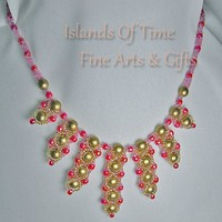 Pink & Gold Center 'V' Drop Beaded Necklace Gold Plate Clasp 21 Inch
