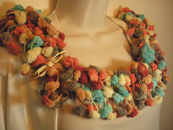 Autumn Fashion Pom Pom Scarf Multicolor